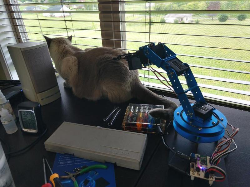 Robot arm menacing Southmoon